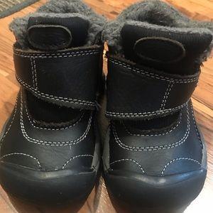 Toddler Keen winter boot/shoe size 8